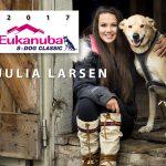 julia-larsen-2017-8-dog
